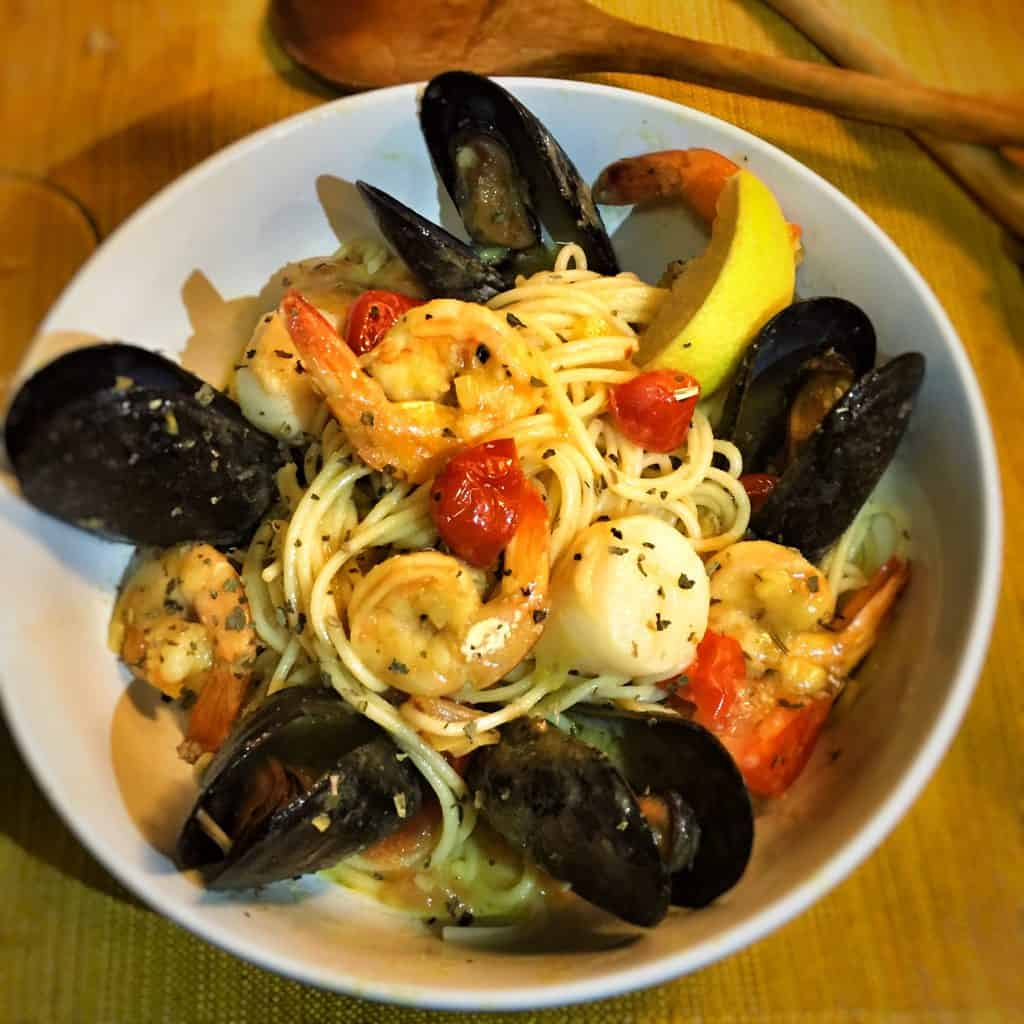 Steamed Mussels Scallops And Shrimp Pasta