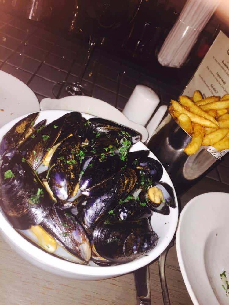 Mussels & Frites @ Barawine in Harlem