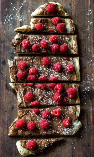 Nutella-Raspberry-Pizza-3